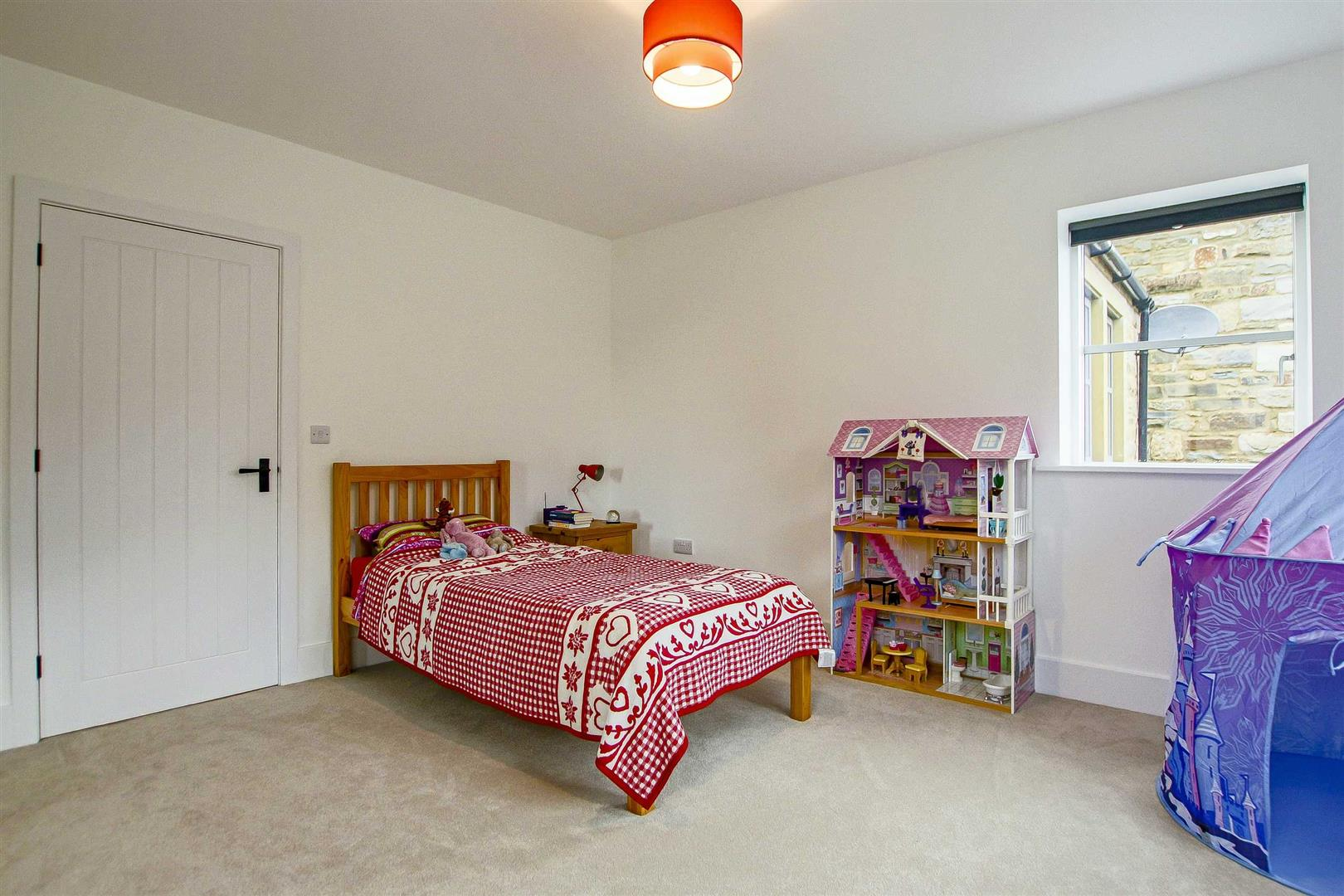7 Bedroom Detached House For Sale - Image 54